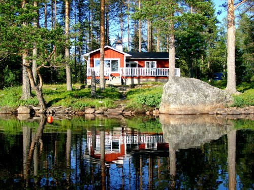 Lakefront Bath Boat Sauna Fishing; Quiet & Peaceful forest location