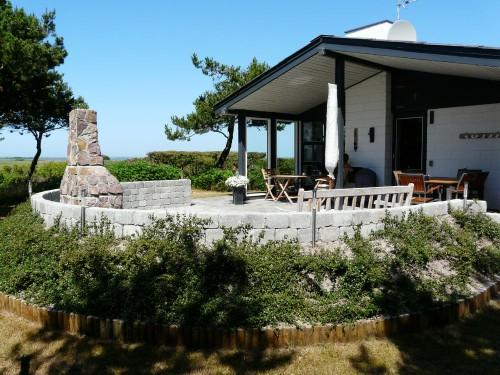 Sommerhus i første række ved Hav og Fjord ved Torsminde