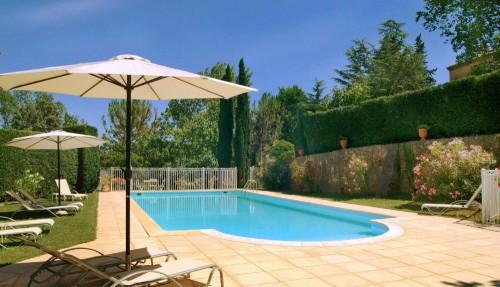 Charmerende landsted i Provence med park og pool (lejl. 1)