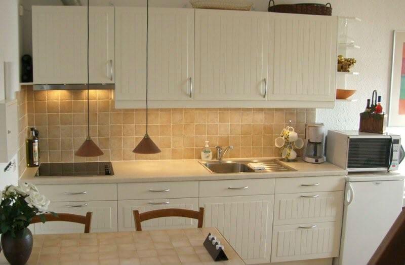 Køkken og spiseplads
