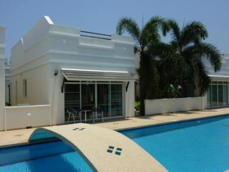 B14 huset fra poolen
