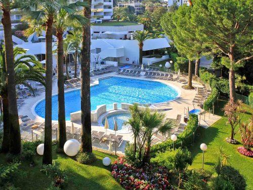 Cannes – lille charmerende lejlighed med pool