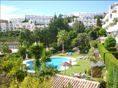 Dejlig penthouse mellem Fuengirola og Marbella med 180 graders udsigt over Middelhavet