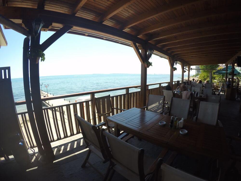 Fiskerestaurant i resortet - helt ud til Sortehavet