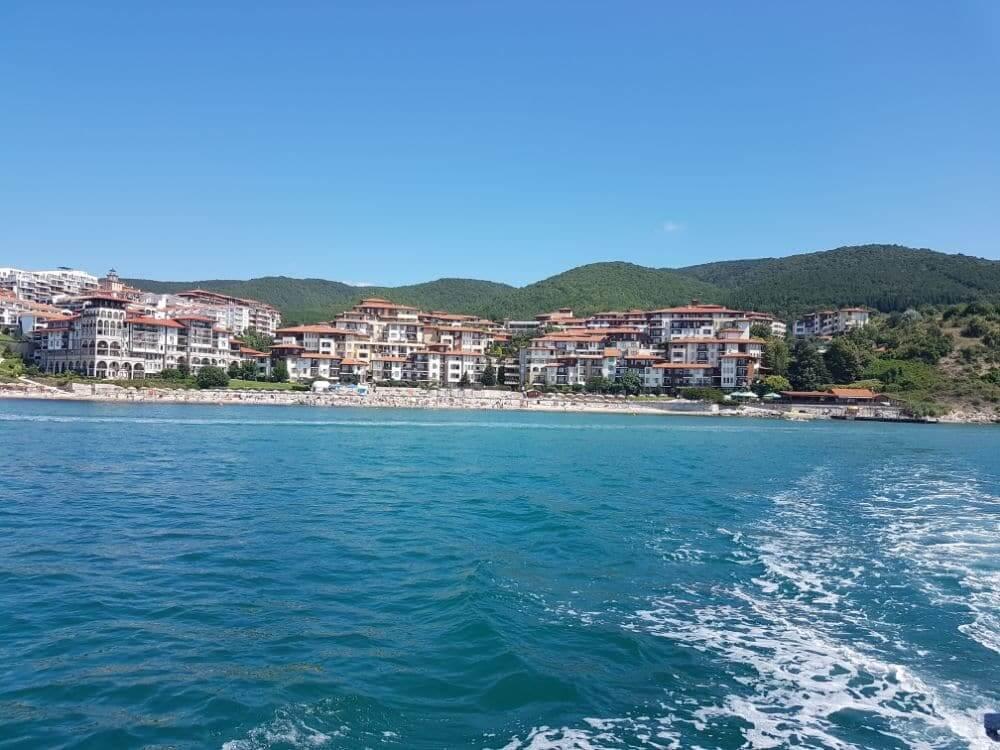 Udsigten til resortet fra Sortehavet